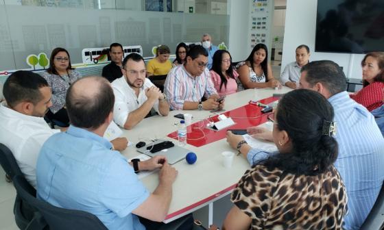En su función de contralor Acevedo visitó a Transmetro para instalar un proceso de auditoría integral.