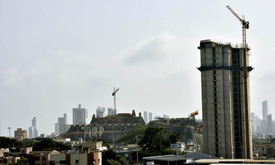Formulan pliego de cargos a funcionarios por licencias en proyecto Aquarela