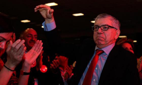 """Facción liberal pide """"transición"""" en la convención nacional"""