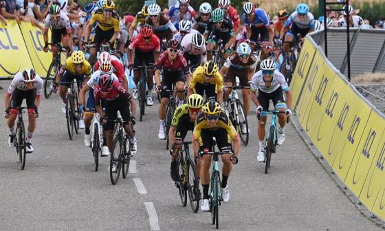 Egan Bernal, tercero en primera etapa del Critérium del Dauphiné