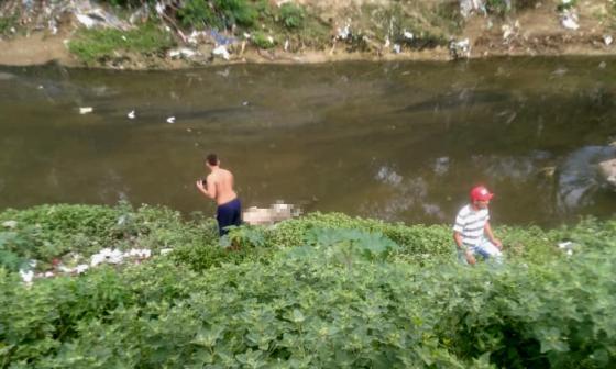 Encuentran cuerpo de joven que había arrastrado arroyo en Las Américas