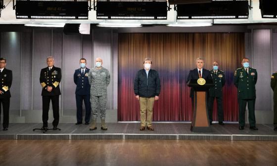 Cambio en la cúpula militar: sale el comandante de la Armada