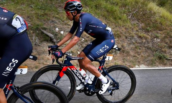 Egan Bernal durante la tercera etapa del Tour de Francia.+