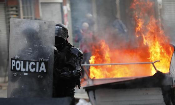 Suben a ocho los muertos tras protestas en Bogotá y otras ciudades