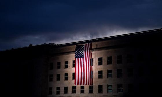 EEUU recuerda a los muertos en el aniversario del 11S en un año para olvidar