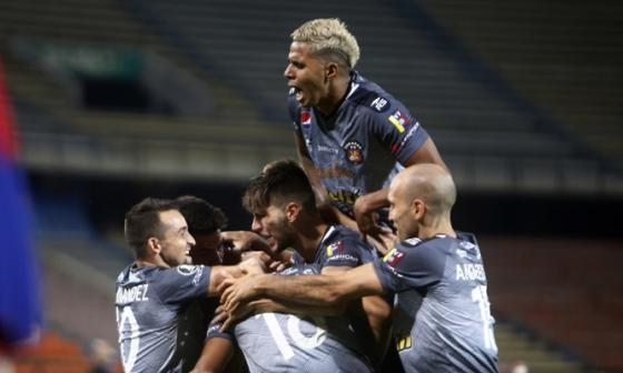 Medellín 2, Caracas FC 3: un regreso nada poderoso