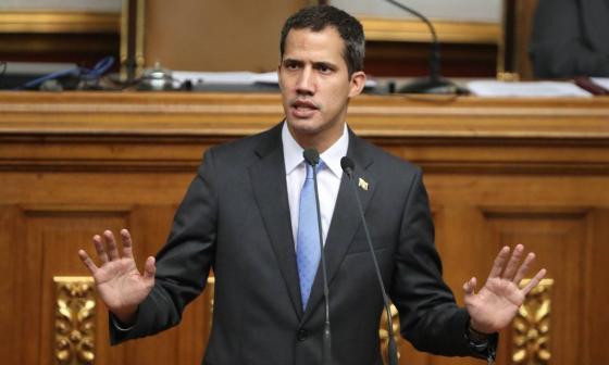 Guaidó pide a militares no ignorar informe de ONU y retirar el apoyo a Maduro