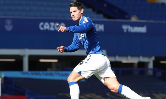En video   James marca su primer gol en la Premier League