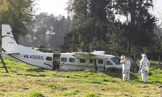 Caída de aeronave en el norte de Bogotá deja cuatro personas heridas