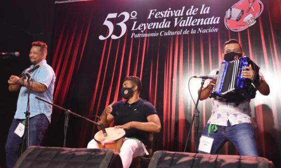 Ya suenan los acordeones en el Festival Vallenato