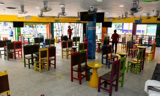 Treinta bares en Barranquilla tienen autorización para atender público