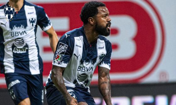 Dorlan Pabón sufrió una lesión en el tobillo y será baja en Monterrey
