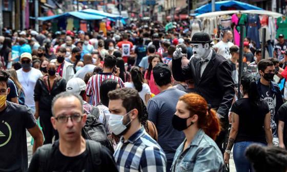 Casos globales de Covid suben a 38,3 millones, con 1,08 millones de muertes