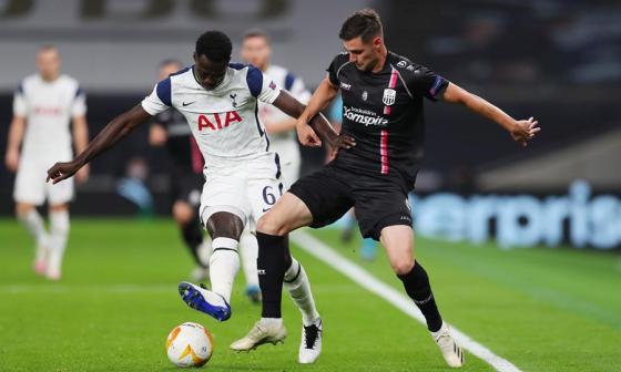 Dávinson Sánchez fue titular y uno de los jugadores destacados en el triunfo del Tottenham.