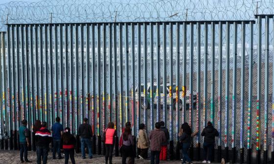 Biden y Harris acabarán con las políticas de Trump que restringen el asilo