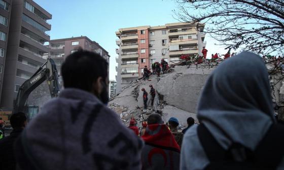 Sube a 41 la cifra de muertos por el terremoto en Turquía