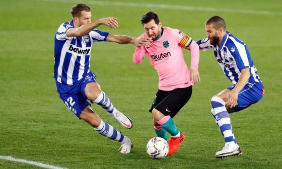 Lionel Messi fue titular y no pudo anotar ante la férrea defensa del Alavés.