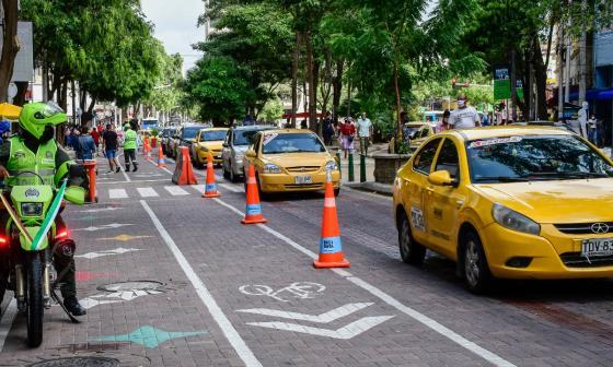 Intensifican controles en carril peatonal del Paseo Bolívar