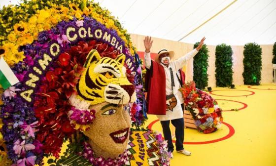 Nostálgico Desfile de Silleteros enseña a Colombia a florecer tras la covid