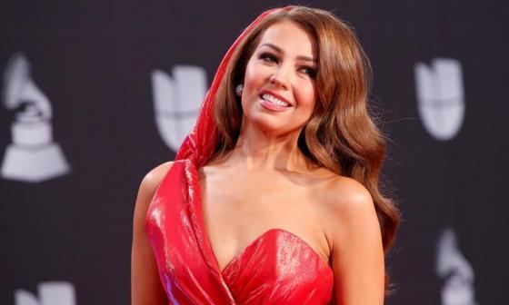 En video | Thalía lanza una