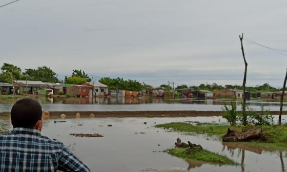 Limpieza de arroyos y canales de riego para mitigar daños