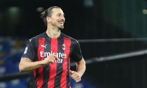 Zlatan Ibrahimovic sufre una lesión muscular y estará tres semanas fuera