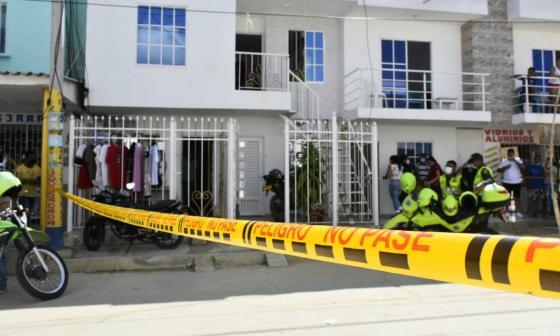 Hallan a hombre muerto dentro de su casa en Soledad