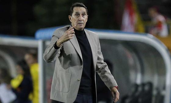 El Atlético Nacional tuvo en cuenta su experiencia, conocimiento del fútbol local y modelo de liderazgo.