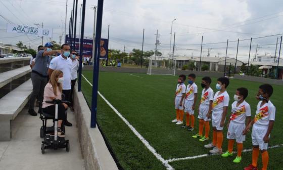 Comunidad de Villa Olímpica cuenta con nuevo megaparque