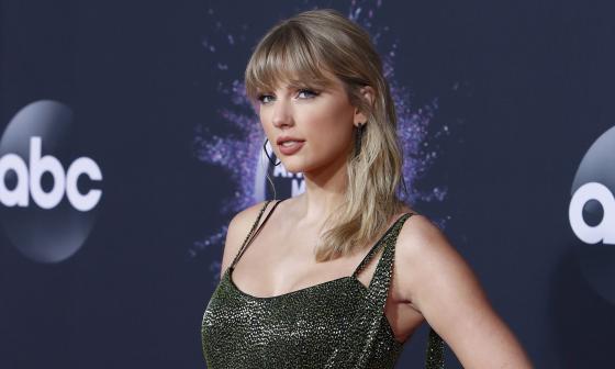 Taylor Swift estrena un avance de las canciones que está regrabando
