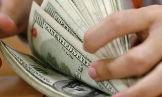 El dólar continúa con tendencia a la baja en Colombia