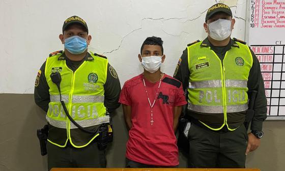 Policía capturó a dos hombres por porte ilegal de armas de fuego