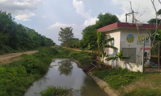 Gobernación revisa taponamiento de canales en Santa Lucía