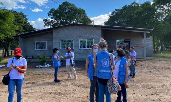 Excombatientes de las Farc presentan casa modelo de la Ciudadela de Paz