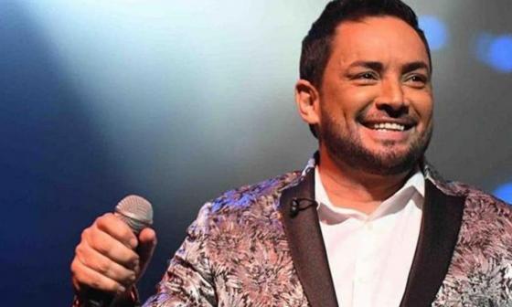 El cantante Manny Manuel se accidentó dos veces en ocho horas en Puerto Rico