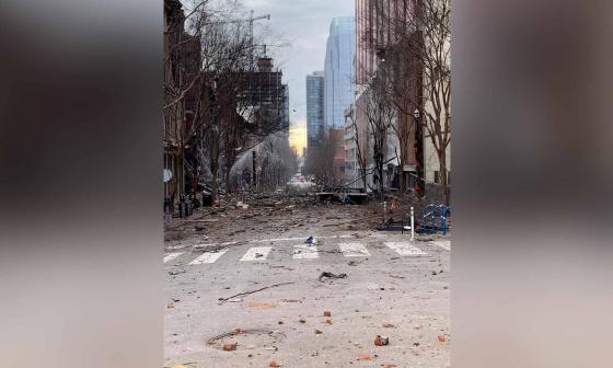 Un vehículo con una bomba sacude Nashville, EE.UU., y deja tres heridos leves