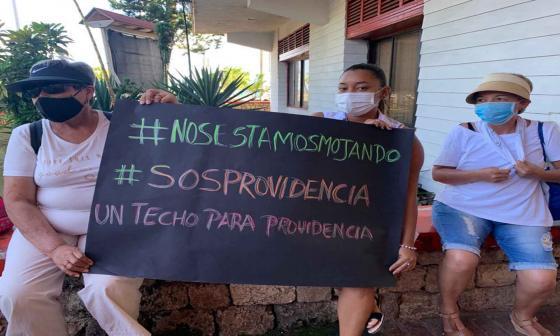 Denuncian robo de ayudas en Providencia tras impacto de Iota