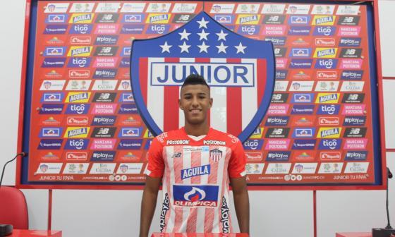 Rubén Manjarrés en su presentación oficial como entrenador de Junior.