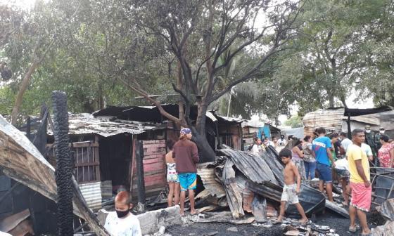 Una de las viviendas afectadas con el gran incendio que se registró al sur de Montería.