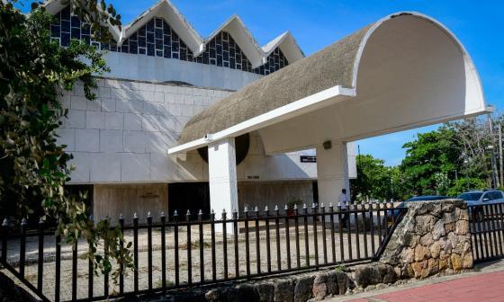 El Teatro Amira de la Rosa sería intervenido en 2022