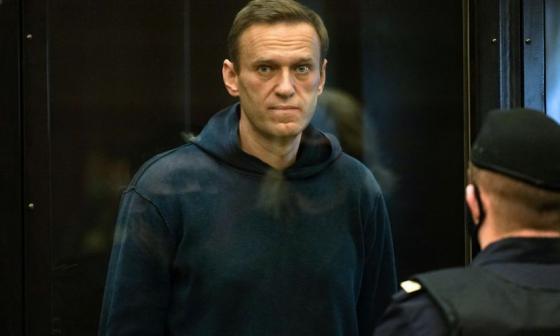 Acusan en juicio a Navalni de haber violado 7 veces la libertad condicional