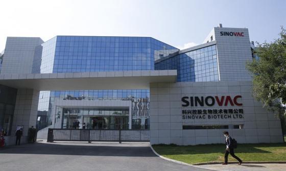 China prevé suministrar 10 millones de dosis de vacunas al fondo Covax