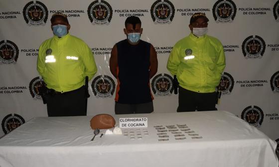 Atrapan a alias 'Guayaba' con coca en allanamiento en Ciénaga, Magdalena