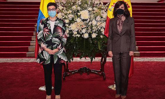 """Canciller española expresa apoyo """"firme y decidido"""" a la paz de Colombia"""