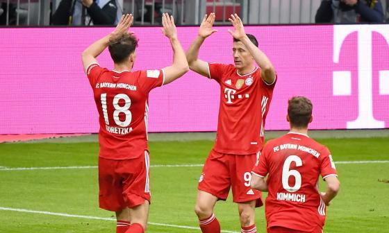 Doblete de Lewandowski en goleada del Bayern
