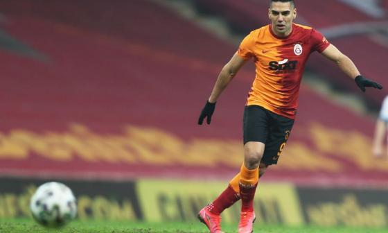 En video   Radamel Falcao García anota doblete con Galatasaray
