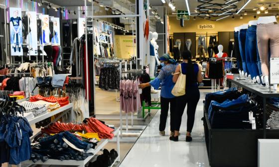Proyecto de decreto aumentaría a 40% arancel para importar confecciones