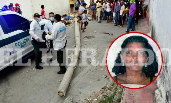 Muere mujer tras caerle un poste en el barrio La Sierrita