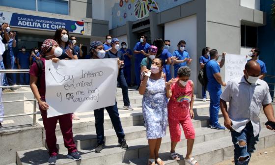 Se retoma Vacunación de médicos residentes