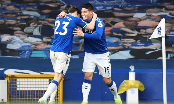 Vea el gol de James Rodríguez en su regreso con el Everton